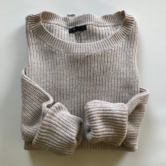Fate Sweaters - Eyelet sweater